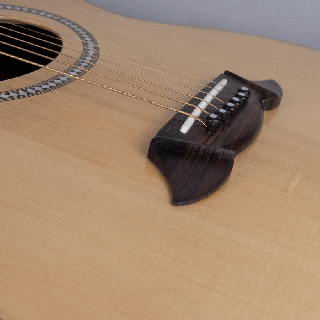 acoustic guitar rosewood bridge2
