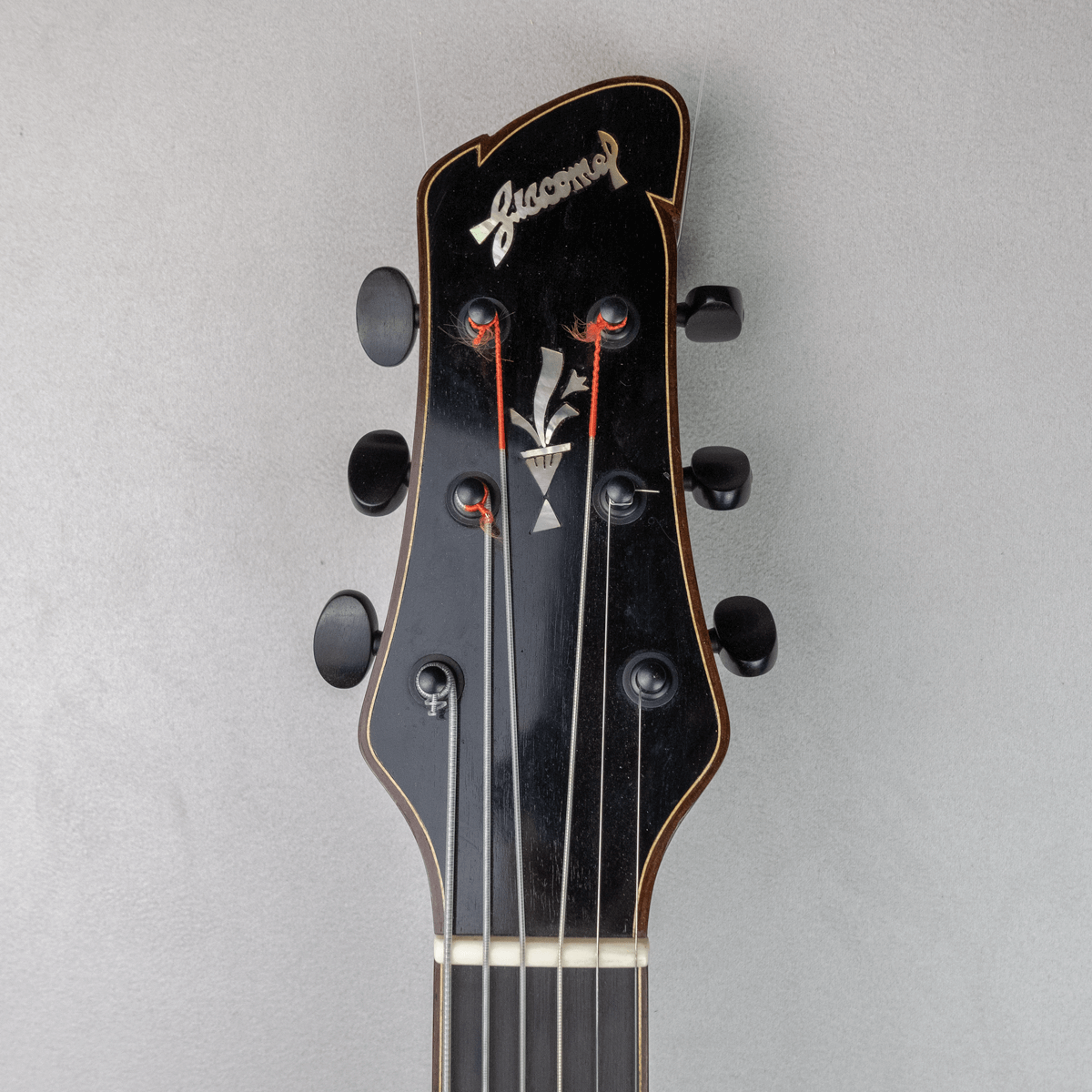 guitar jazz 5 fhole headstock
