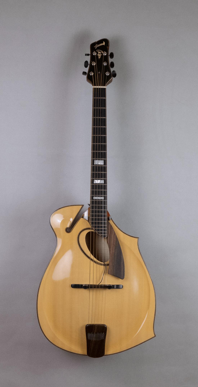 guitar jazz 5 ovalhole front