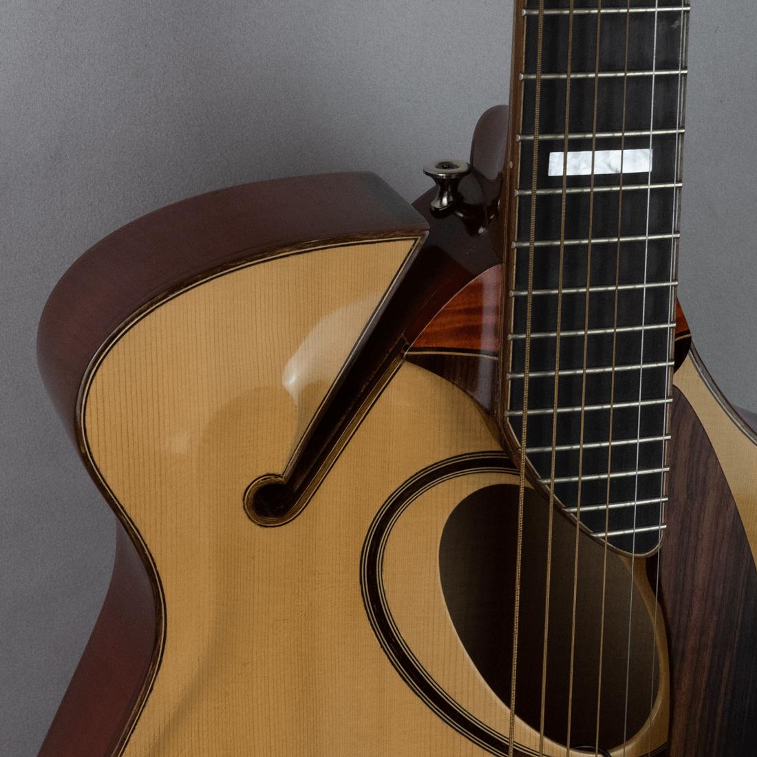 guitar jazz 5 ovalhole scroll